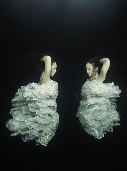 Víz alatti modellfotózás