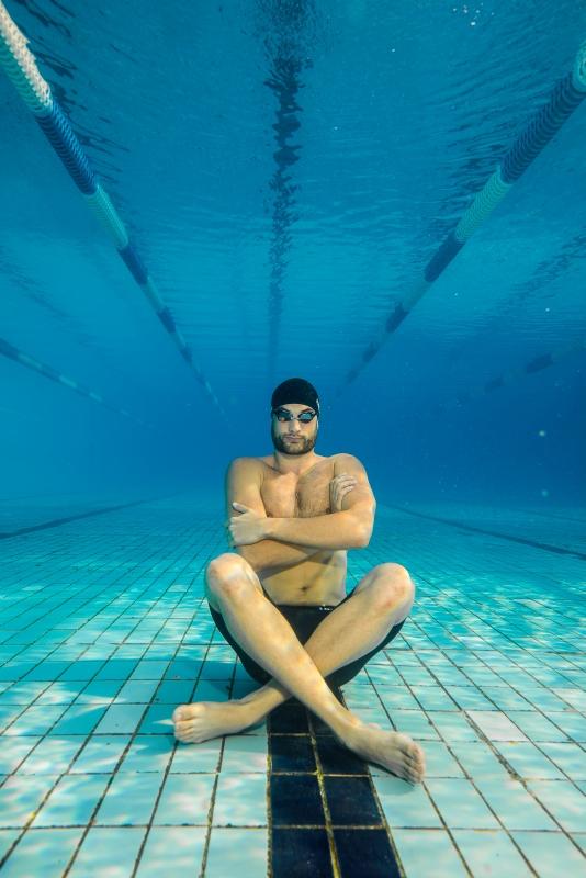 Financsek Gábor úszó